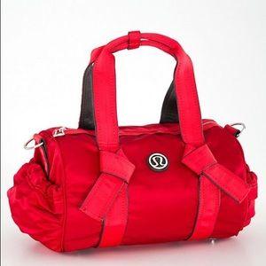 Lululemon DTB Duffel NWT Red Crossbody Bag